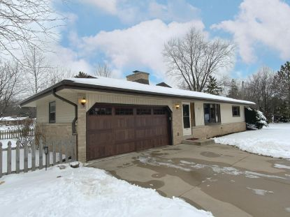 3835 Brook Ln  Brookfield, WI MLS# 1723362