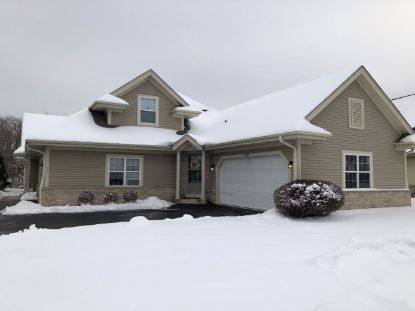 4848 S Waterview Ct  Greenfield, WI MLS# 1723431