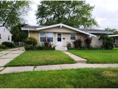 1808 19TH AVE  Kenosha, WI MLS# 1723542