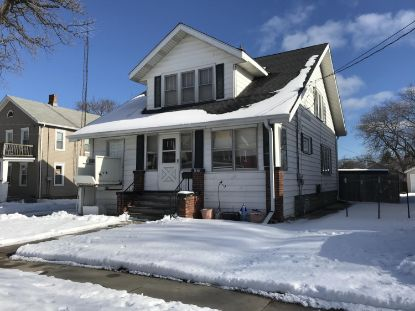 4823 17th Ave  Kenosha, WI MLS# 1723620