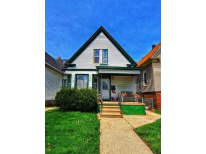 1418 W Hayes Ave  Milwaukee, WI MLS# 1724229
