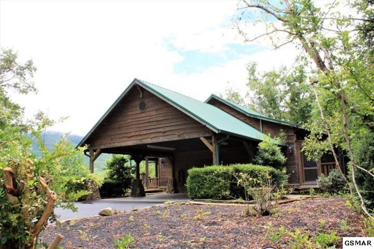 4705 Townsend Dr, Gatlinburg, TN 37738