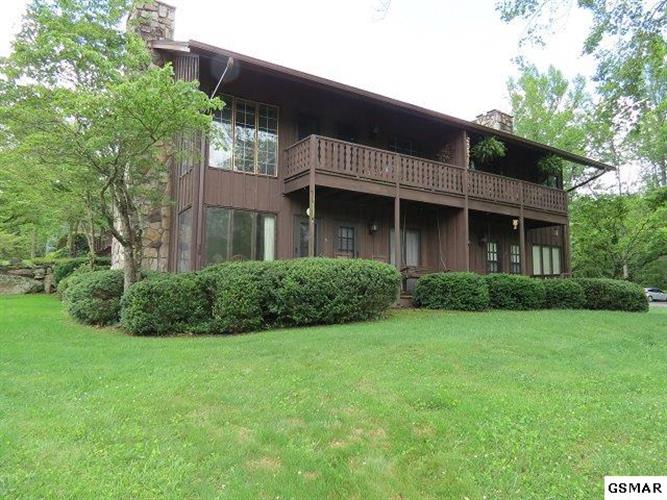 3815 E Parkway Unit 5, Gatlinburg, TN 37738