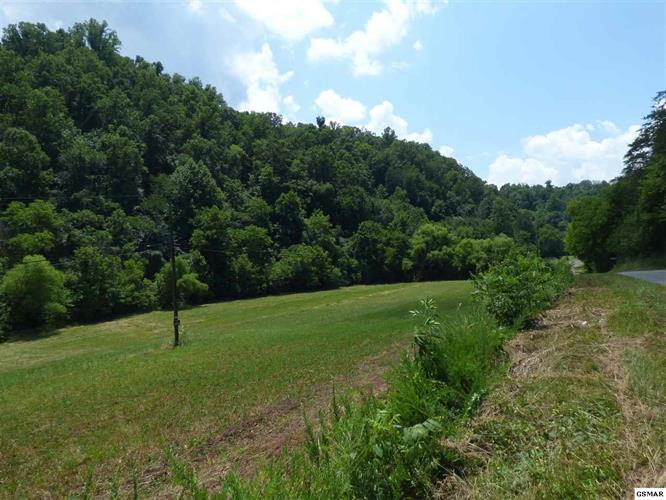 Parcel 23 Muddy Hollow Rd, Dandridge, TN 37725 - Image 1