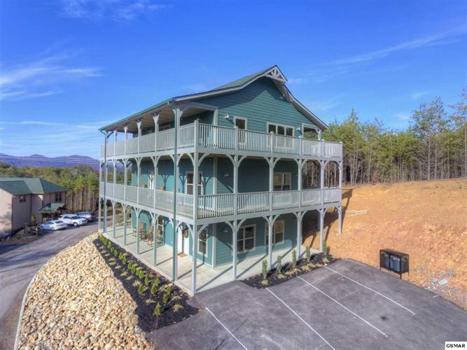 1128 Cove Falls Way, Pigeon Forge, TN 37863 - Image 1