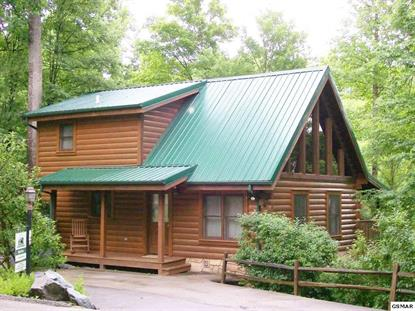 739 Poplar Falls Way Gatlinburg, TN MLS# 225152