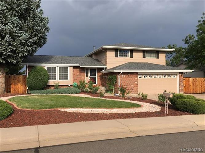 32 South Zinnia Court, Lakewood, CO 80228