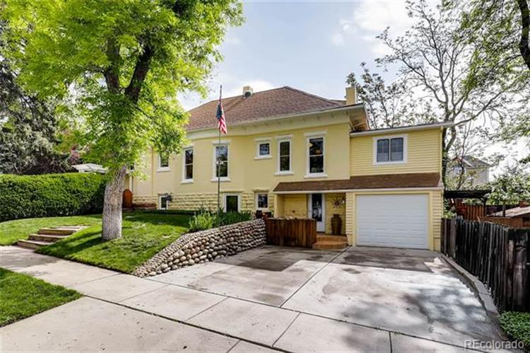 1125 3rd Avenue, Longmont, CO 80501