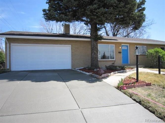 2704 South Zurich Court, Denver, CO 80236