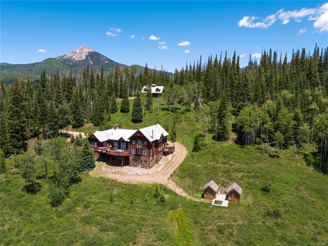 60190 Crazy Horse Way, Clark, CO 80487