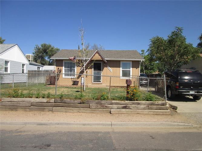 4521 East 70th Avenue, Commerce City, CO 80022