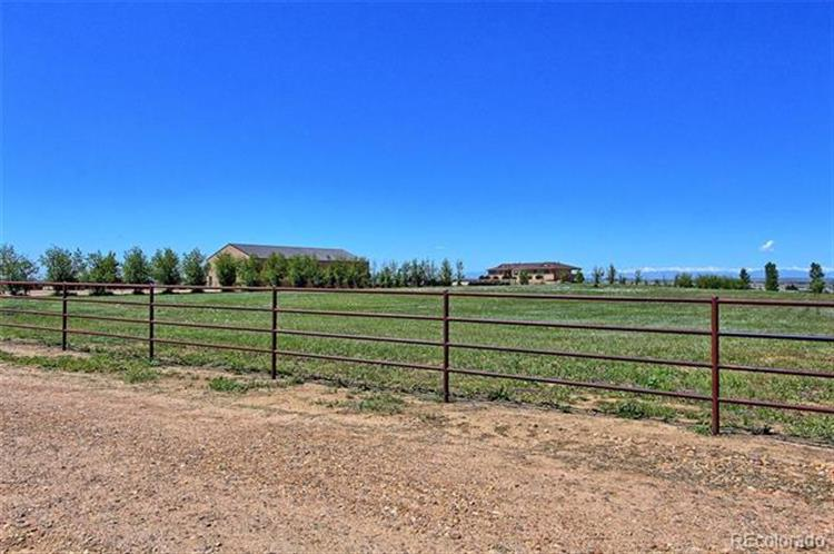 22670 County Road 30, Hudson, CO 80642