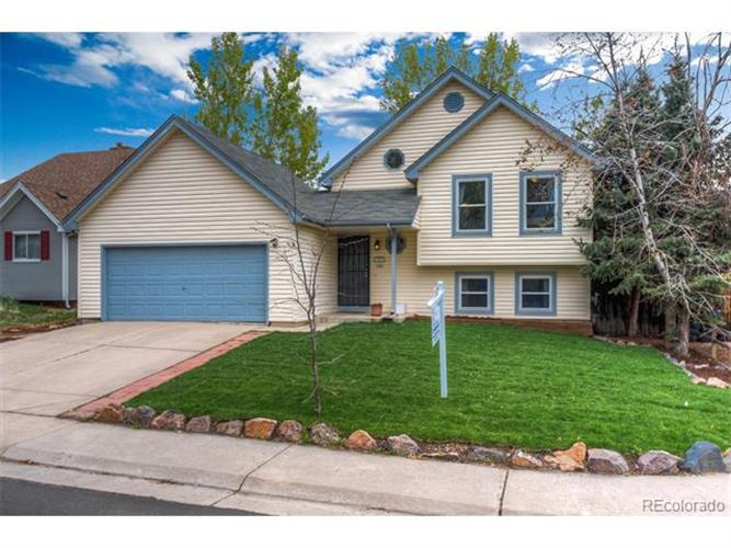 17557 east chenango drive aurora co 80015 mls 9635419