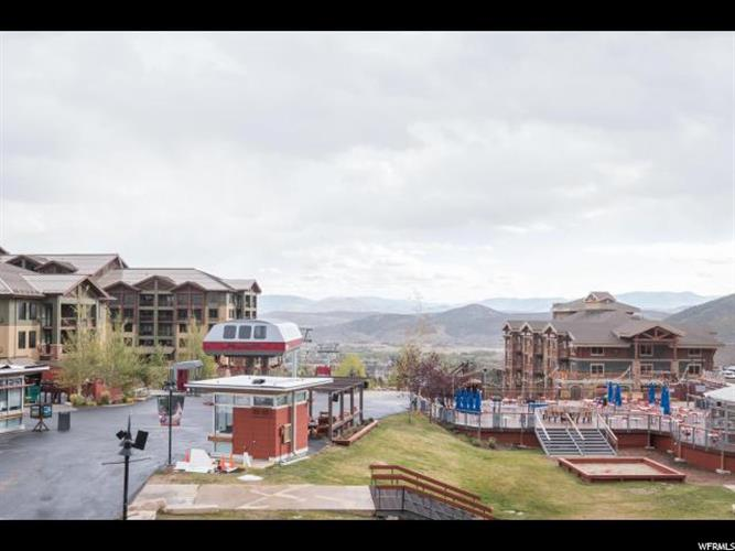 3720 N SUNDIAL CT, Park City, UT 84098