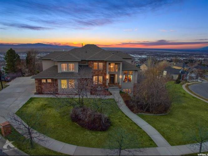 39 N SCENIC HILLS CIR, North Salt Lake, UT 84054