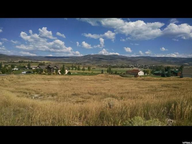 3528 E STONE WALL CIR, Heber City, UT 84032