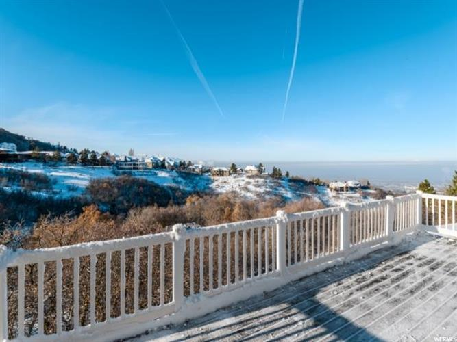 990 E OAKWOOD DR, Bountiful, UT 84010 - Image 1