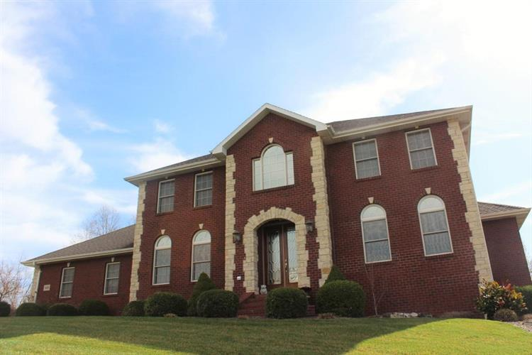819 NOB HILL, Jefferson City, MO 65109