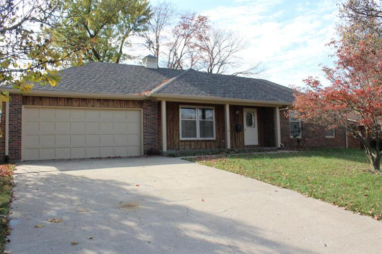 3000 W ROLLINS RD, Columbia, MO 65203