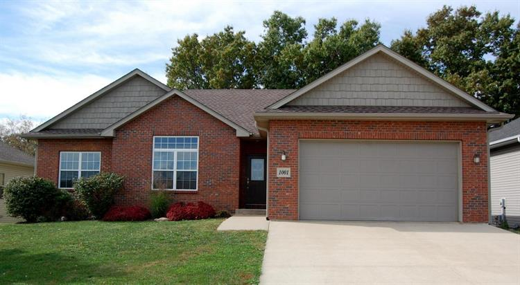 1001 DOLLY VARDEN DR, Columbia, MO 65203