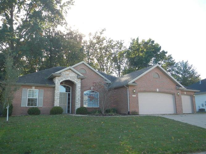 4102 BEACH POINTE DR, Columbia, MO 65203