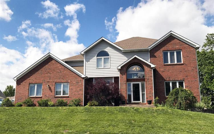 1815 CRYSTAL POINT, Columbia, MO 65203
