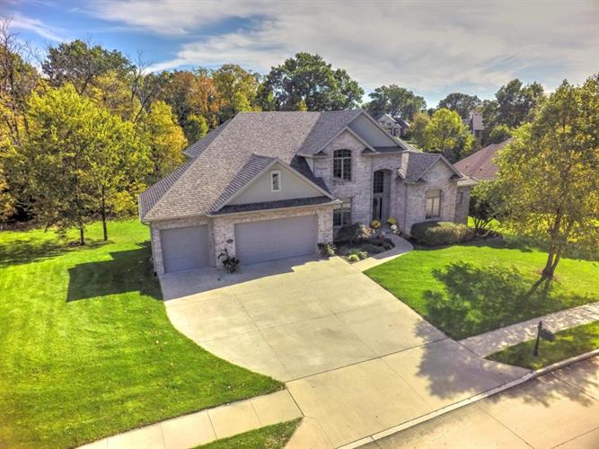 5604 AUTUMN RIDGE CT, Columbia, MO 65203