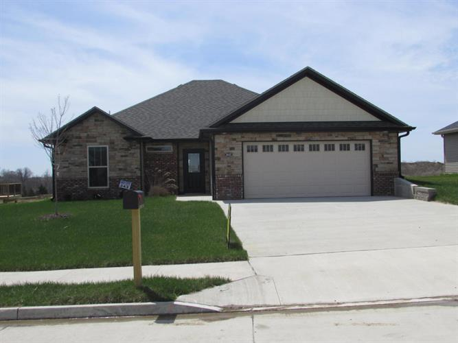 3602 N MEANDERING CT, Columbia, MO 65202