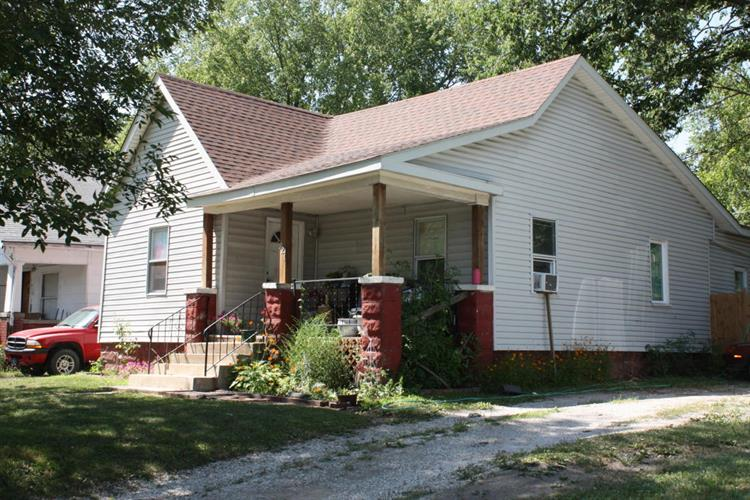 927 FRANKLIN ST, Moberly, MO 65270
