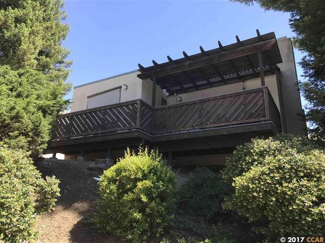 7 fairway place, Pleasant Hill, CA 94523