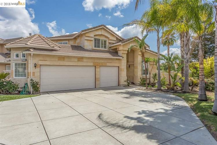 172 Putter Dr, Brentwood, CA 94513