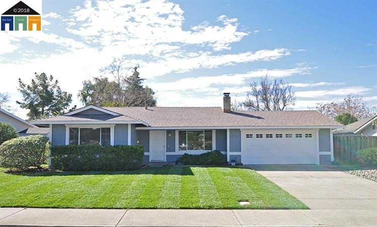 1251 Paris Way, Livermore, CA 94550