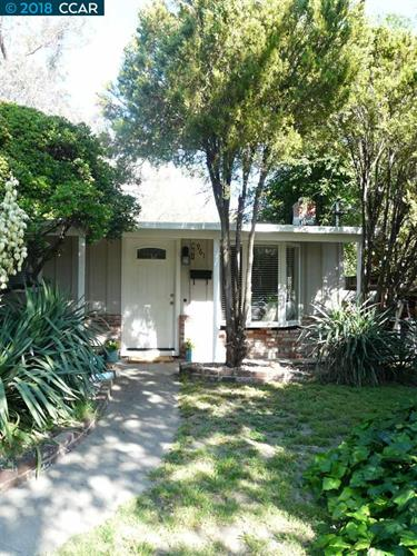 961 Santa Cruz Dr, Pleasant Hill, CA 94523
