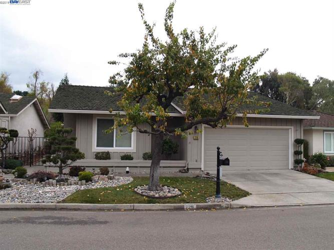 726 Paradise Valley Court N, Danville, CA 94526 - Image 1