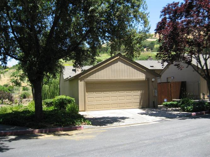 136 Spyglass Hill Road, San Jose, CA 95127