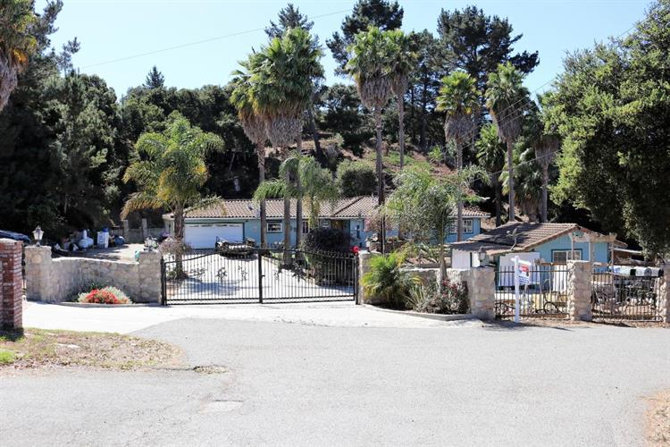19546 Mallory Canyon Road, Salinas, CA 93907