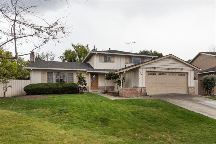 10932 N Leavesley Place, Cupertino, CA 95014