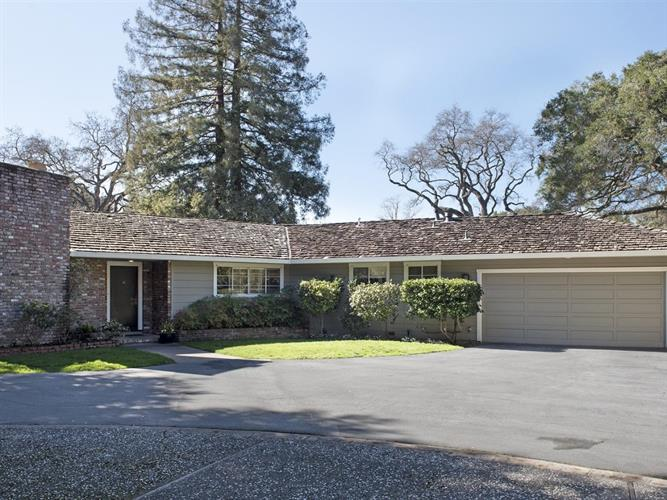 2 Douglass Way, Atherton, CA 94027