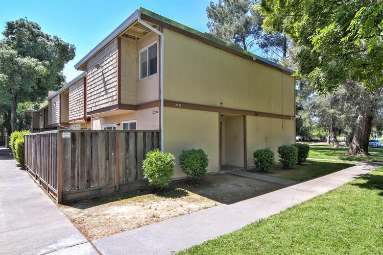 710 Northfield Drive, Sacramento, CA 95833