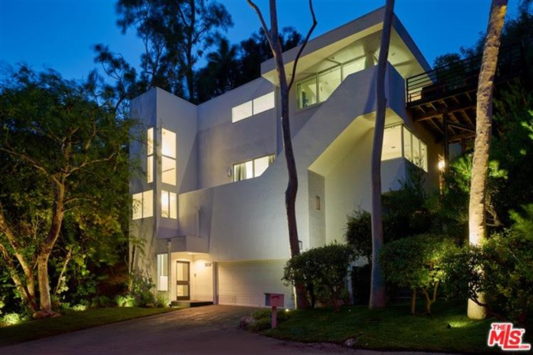 3037 FRANKLIN CANYON Drive, Beverly Hills, CA 90210