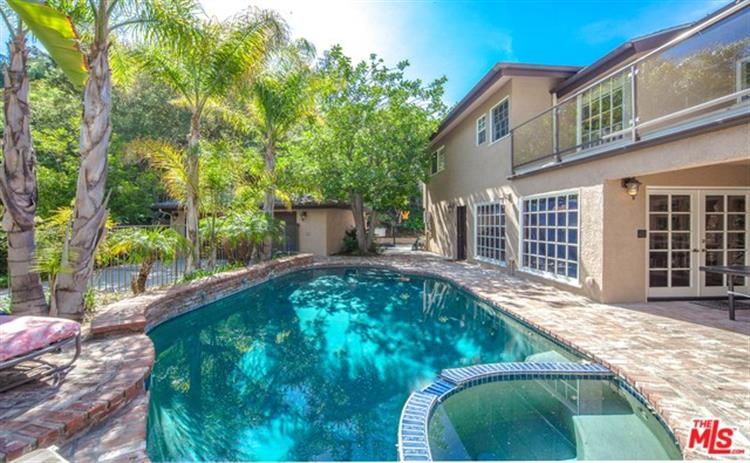3692 VALLEY MEADOW Road, Sherman Oaks, CA 91403