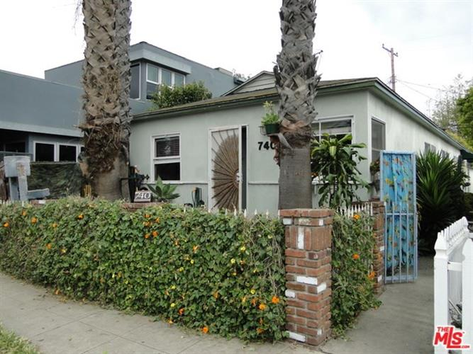 740 WASHINGTON, Venice, CA 90292
