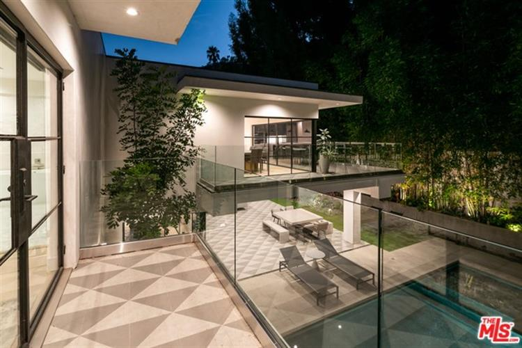 1845 FRANKLIN CANYON Drive, Beverly Hills, CA 90210