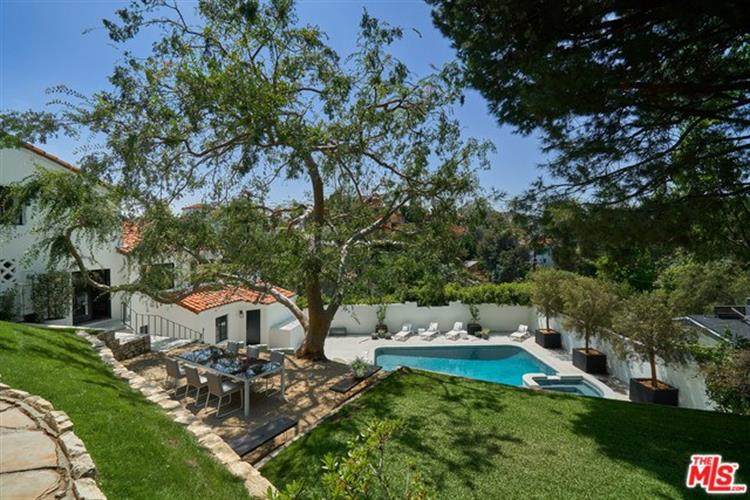 6225 QUEBEC Drive, Los Angeles, CA 90068