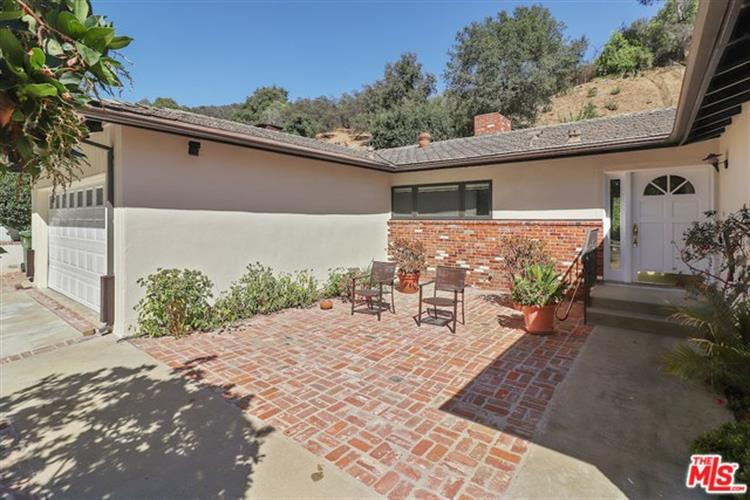 3534 MANDEVILLE CANYON Road, Los Angeles, CA 90049