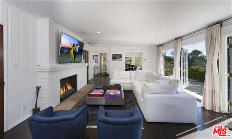 2828 BENEDICT CANYON Drive, Beverly Hills, CA 90210 - Image 1