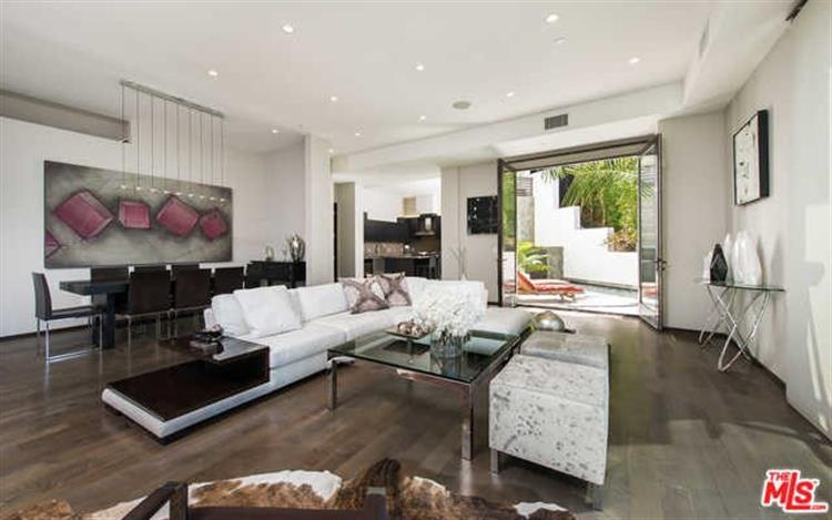 1642 LINDACREST Drive, Beverly Hills, CA 90210 - Image 1