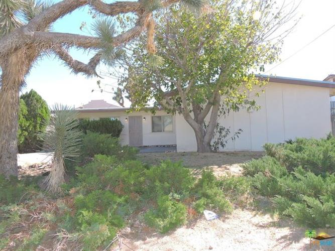57045 ANTELOPE Trail, Yucca Valley, CA 92284