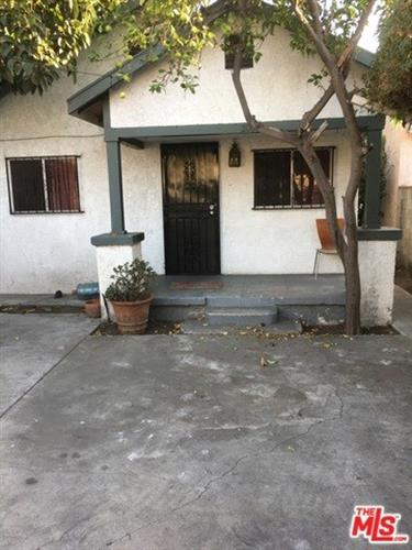 204 E GAGE Avenue, Los Angeles, CA 90003