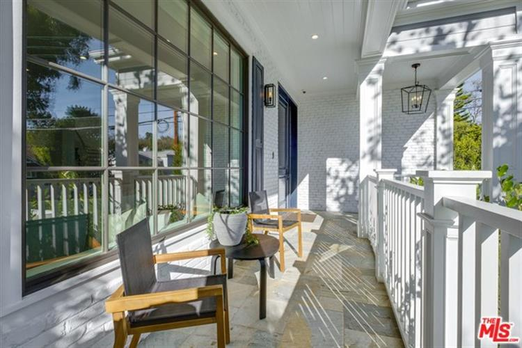 121 N CANYON VIEW Drive, Los Angeles, CA 90049 - Image 1
